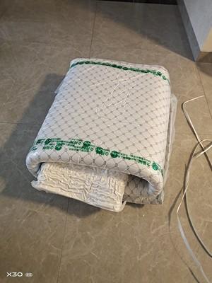 金橡树乳胶床垫可信吗是哪儿产的为什么没实体店
